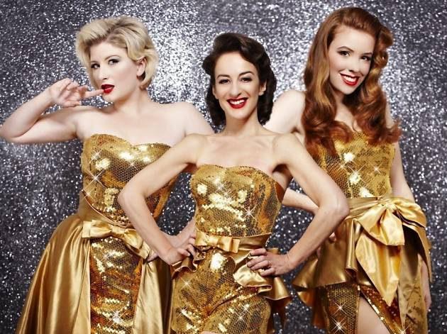 Трио The Puppini Sisters выступает в стиле ретро