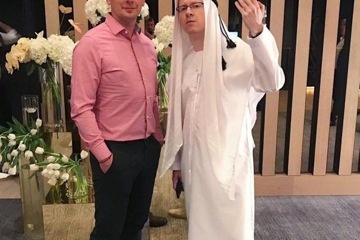 Ведущий Александр Шумский с букинг агентом BnMusic Виталием Рудницким