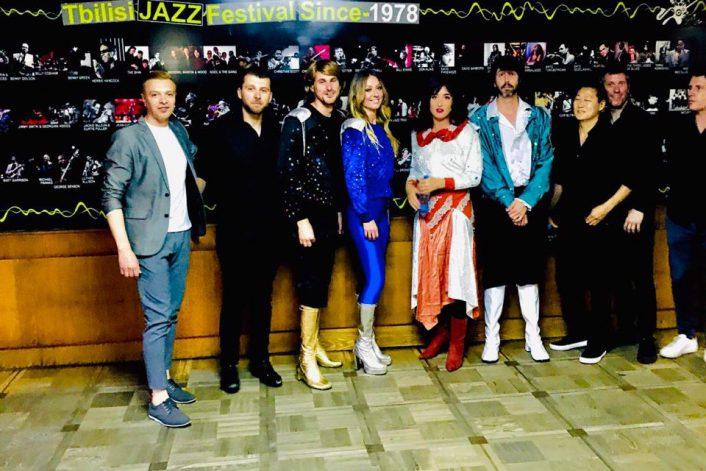 Группа ABBA перед концертом в Тбилиси с букинг-агентом BnMusic