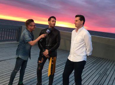 Morandi и тур-менеджер BnMusic на интервью в Калининграде