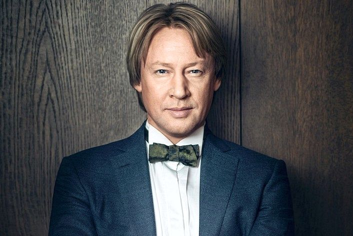 Харатьян Дмитрий - офицальный сайт агента. Заказать исполнителя на праздник