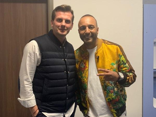 Arash с букинг-агентом BnMusic в Астане