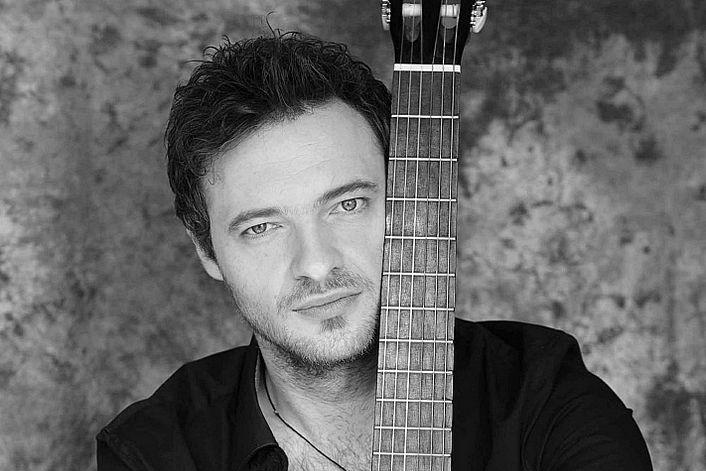 Paul Manandise - заказать концерт в BnMusic