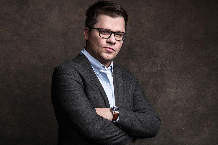 Харламов Игорь - страница на официальном сайте агента