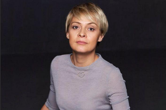 Мадам Полина - страница на официальном сайте агента