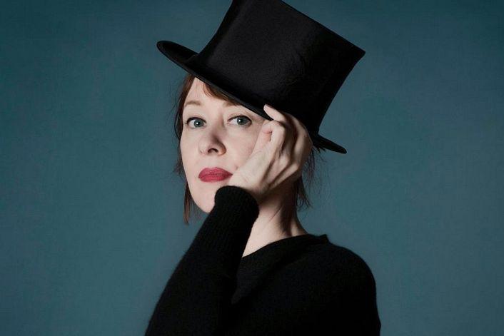Suzanne Vega - организуем выступление артиста на вашем празднике